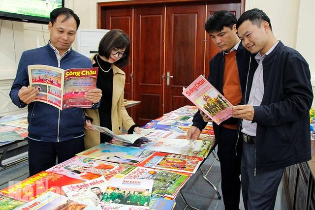 Hải Phòng, Hà Nam khai mạc hội báo xuân, triển lãm ảnh, tư liệu kỷ niệm 90 năm Ngày thành lập Đảng - Ảnh 2.