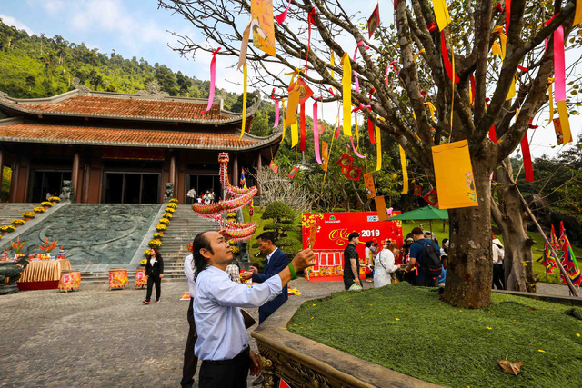 Đến Đà Nẵng dịp Tết Nguyên đán Canh Tý nhớ tham gia Lễ hội Thần Tài - Ảnh 2.