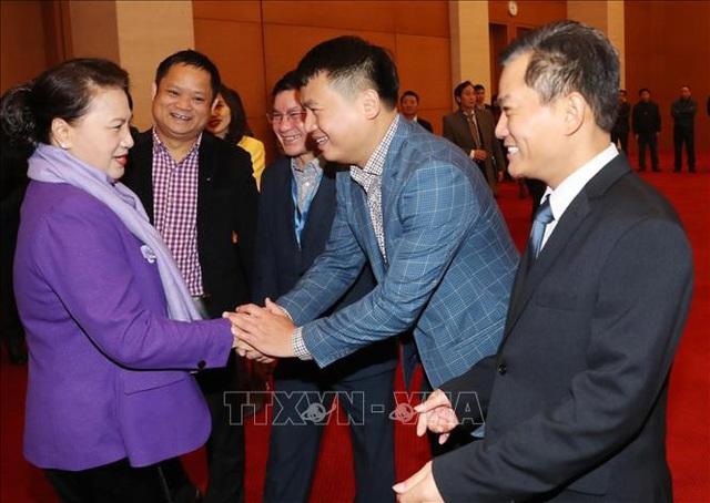 Chủ tịch Quốc hội chúc Tết lãnh đạo Quốc hội, người lao động Văn phòng Quốc hội - Ảnh 2.