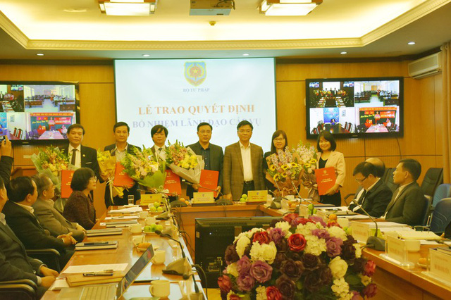 Bộ Tư pháp có 6 lãnh đạo cấp vụ mới - Ảnh 1.