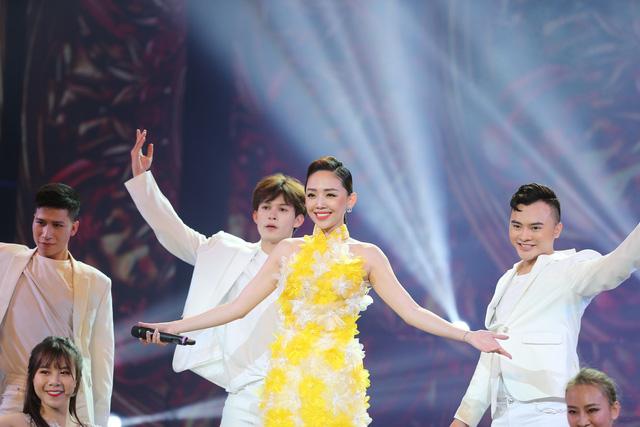 Ca sĩ Tóc Tiên tiết lộ bí quyết khi bị hỏi chuyện hôn nhân ngày Tết - Ảnh 3.