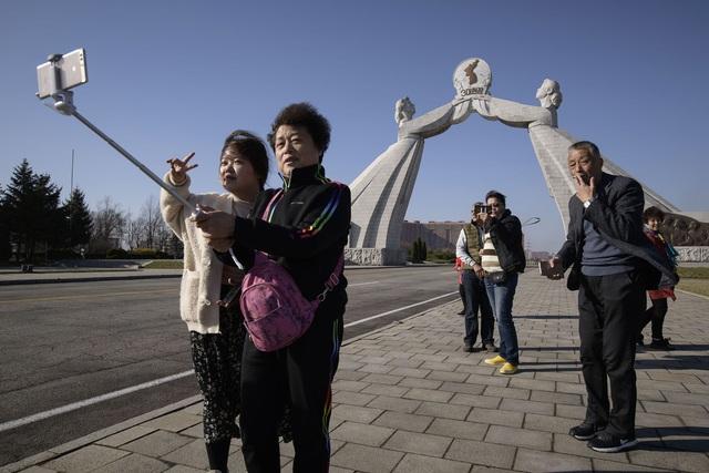 Triều Tiên hành động mạnh để tự bảo vệ mình trước virus lạ từ Trung Quốc - Ảnh 1.