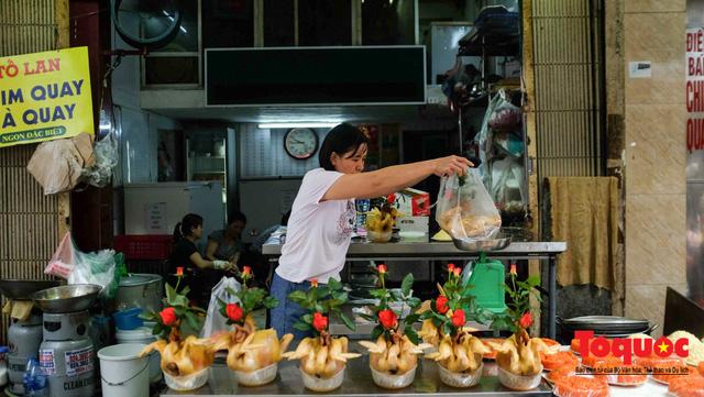 """Hà Nội: Đi """"chợ nhà giàu"""", 10 phút là sắm đủ mâm cỗ Tết - Ảnh 4."""