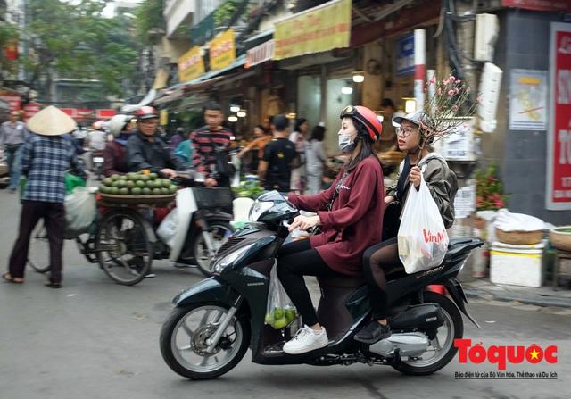 """Hà Nội: Đi """"chợ nhà giàu"""", 10 phút là sắm đủ mâm cỗ Tết - Ảnh 17."""