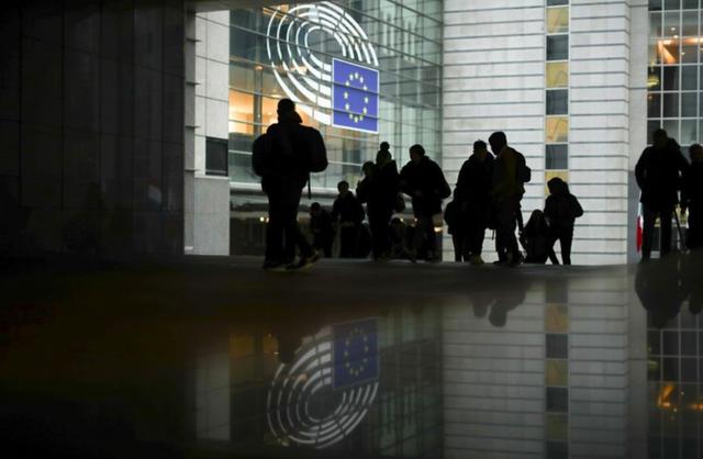 """""""Bí ẩn"""" lễ ký kết thoả thuận Brexit kín giữa hai cơ quan chủ chốt của EU - Ảnh 1."""