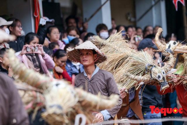 Lạ kỳ lễ hội trâu rơm, bò rạ ở đồng bằng sông Hồng - Ảnh 17.