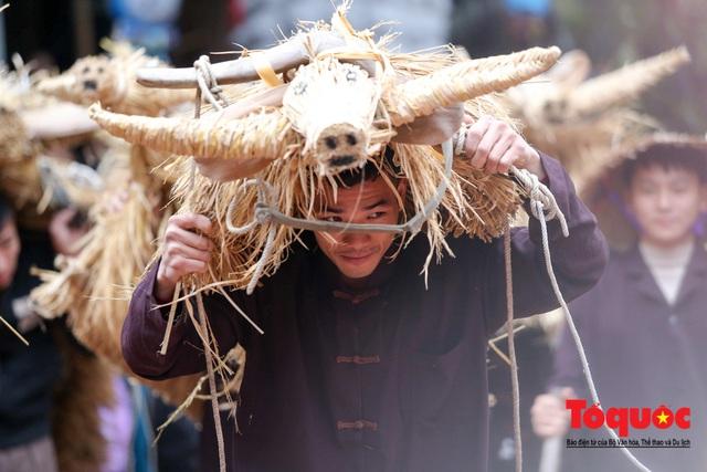 Lạ kỳ lễ hội trâu rơm, bò rạ ở đồng bằng sông Hồng - Ảnh 16.
