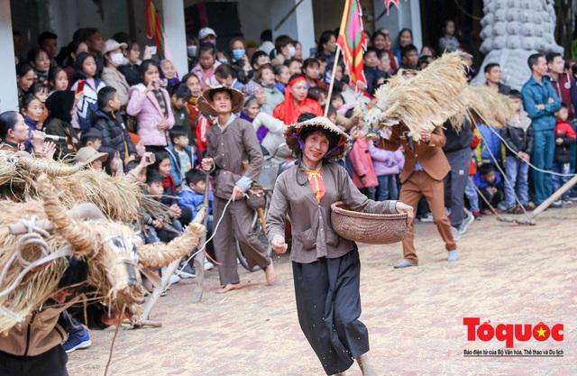 Lạ kỳ lễ hội trâu rơm, bò rạ ở đồng bằng sông Hồng - Ảnh 11.
