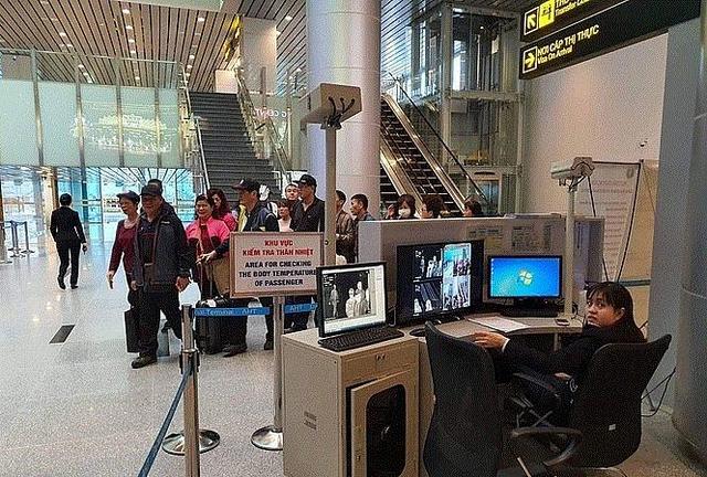 Hướng dẫn khách du lịch phối hợp kiểm soát tình hình dịch bệnh viêm phổi cấp đảm bảo an toàn cho du khách và cộng đồng - Ảnh 1.