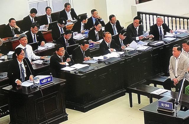 """Vụ án xét xử 2 cựu Chủ tịch Đà Nẵng: Luật sư cảm thấy """"xé lòng"""" khi nghe mức án của các bị cáo - Ảnh 1."""