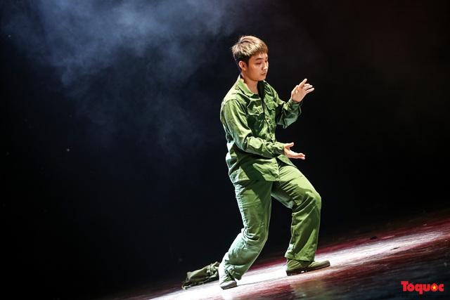 Sôi động ngày thi cuối cùng với nhiều tiết mục hiphop, popping, waacking... ấn tượng trong cuộc thi Tài năng diễn viên múa 2020 khu vực phía Bắc - Ảnh 9.