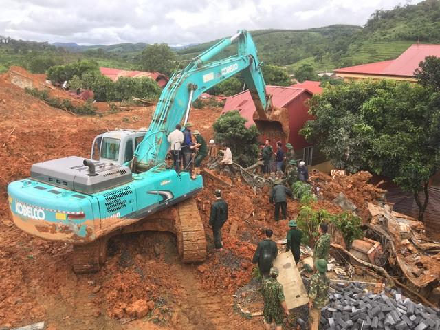 Thừa Thiên Huế hỗ trợ Quảng Bình, Quảng Trị tiếp nhận thông tin ứng phó bão lụt từ người dân - Ảnh 2.