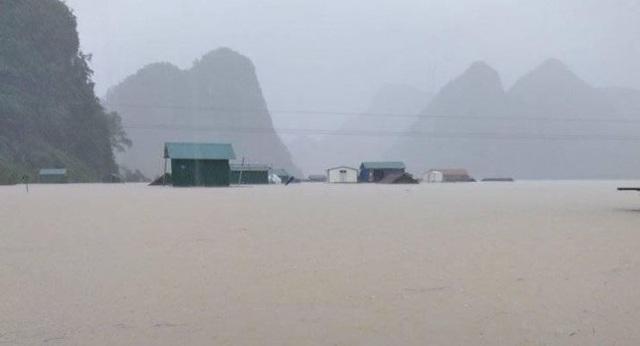 Thừa Thiên Huế hỗ trợ Quảng Bình, Quảng Trị tiếp nhận thông tin ứng phó bão lụt từ người dân - Ảnh 1.
