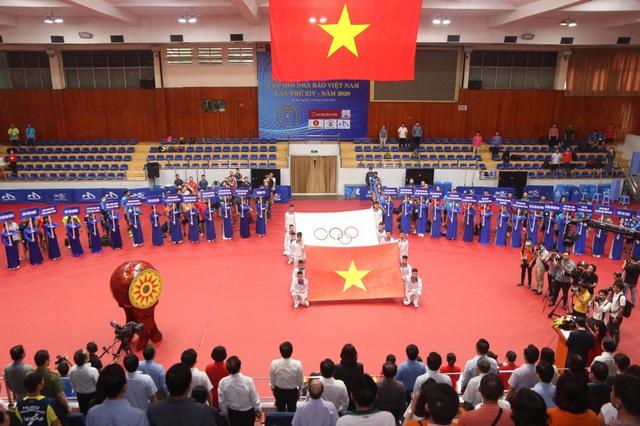 Hình ảnh: Hơn 200 VĐV tham dự Giải bóng bàn Cup Hội Nhà báo Việt Nam lần thứ 14 - năm 2020 số 1