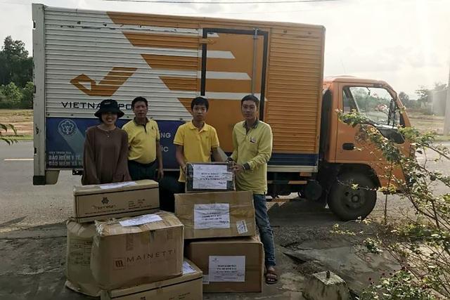 Vietnam Post ủng hộ đồng bào miền Trung hơn 6,5 tỷ đồng - Ảnh 2.