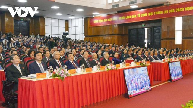 Chủ tịch Quốc hội: Đưa Thanh Hóa sớm trở thành cực tăng trưởng mới ở phía Bắc - Ảnh 2.