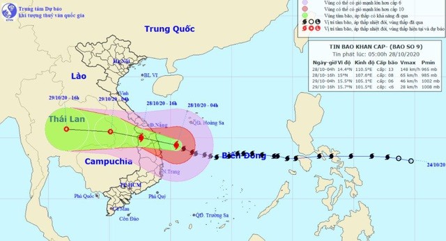 Bão số 9 đang hướng vào đất liền từ Đà Nẵng đến Phú Yên - Ảnh 1.
