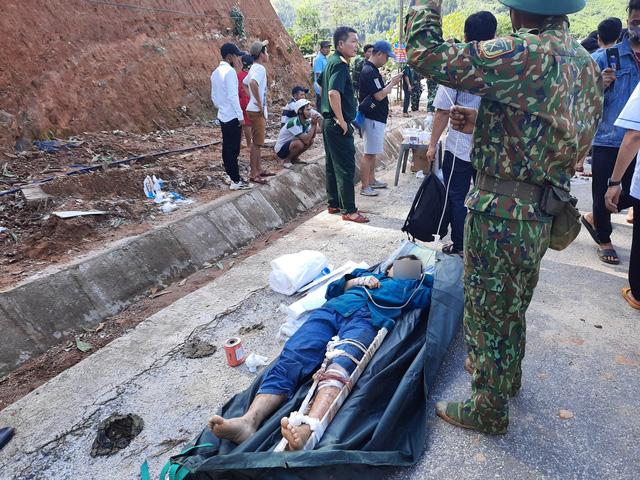Thủ tướng yêu cầu triển khai mọi phương án để tiếp cận, cứu nạn những người còn sống sót - Ảnh 3.