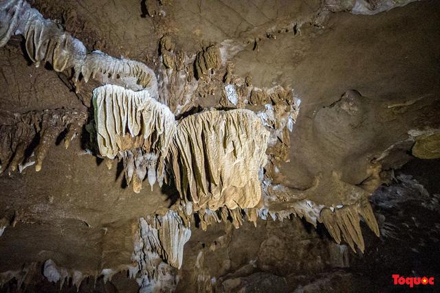 Lạng Sơn: Khám phá vẻ đẹp nguyên sơ của hang Nà Lả ( Bắc Sơn) - Ảnh 8.