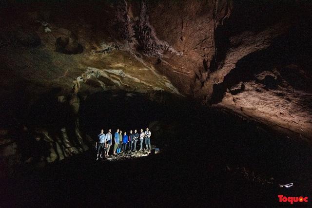 Lạng Sơn: Khám phá vẻ đẹp nguyên sơ của hang Nà Lả ( Bắc Sơn) - Ảnh 18.