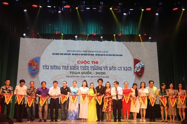 6 Huy chương Vàng được trao tại Cuộc thi Tài năng diễn viên Tuồng và Dân ca kịch toàn quốc 2020 - Ảnh 1.