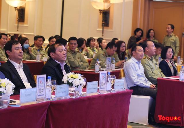 """Tổng cục Du lịch và Tổng cục Quản lý thị trường cùng """"bắt tay""""  xây dựng du lịch Việt Nam an toàn - Ảnh 1."""