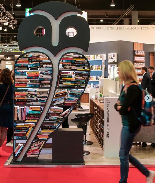 Hội chợ sách nổi tiếng thế giới của Frankfurt buộc phải diễn ra trực tuyến - Ảnh 1.