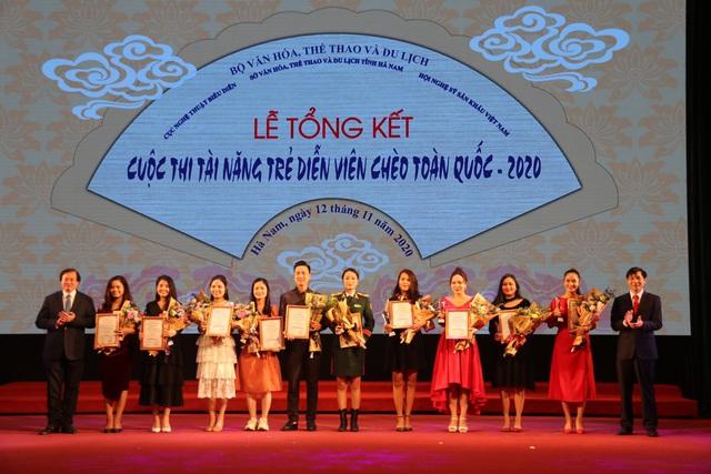 10 giải Vàng được trao tại Cuộc thi tài năng trẻ sân khấu Chèo chuyên nghiệp toàn quốc – 2020 - Ảnh 4.