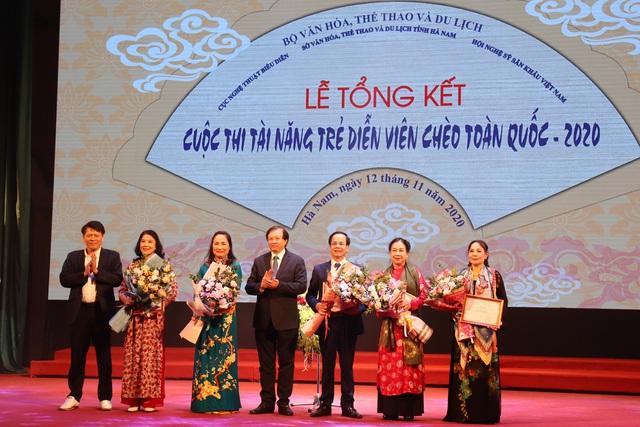 10 giải Vàng được trao tại Cuộc thi tài năng trẻ sân khấu Chèo chuyên nghiệp toàn quốc – 2020 - Ảnh 2.