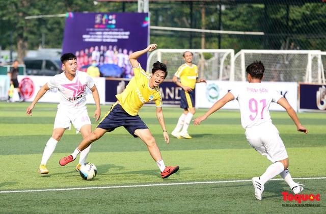 Dàn sao đình đám của bóng đá và showbiz Việt góp mặt ở giải đấu từ thiện vì miền Trung - Ảnh 8.
