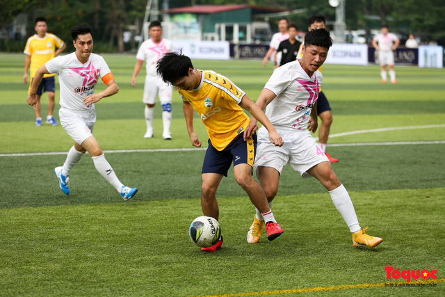 Dàn sao đình đám của bóng đá và showbiz Việt góp mặt ở giải đấu từ thiện vì miền Trung - Ảnh 16.