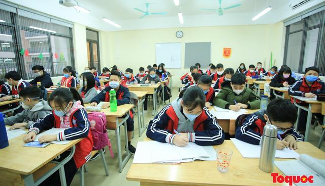 Bộ GDĐT đề nghị cho học sinh đi học trở lại từ ngày 02/3 - Ảnh 2.