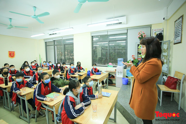 Bộ trưởng Phùng Xuân Nhạ chính thức quyết định điều chỉnh khung kế hoạch thời gian năm học 2019-2020 - Ảnh 1.