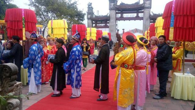 Khánh Hòa dừng tất cả các lễ hội chưa khai mạc - Ảnh 1.