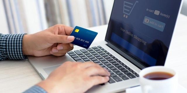Khách hàng sẽ được giảm phí giao dịch ngân hàng online - Ảnh 1.