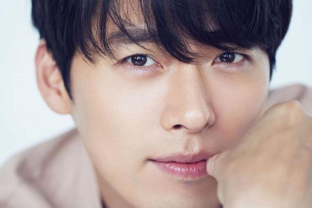 """""""Hạ cánh nơi anh"""" kết thúc, bất ngờ vẫn còn những điều người hâm mộ ít biết về soái ca Hyun Bin? - Ảnh 1."""