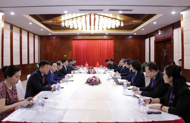 Phó Thủ tướng Phạm Bình Minh gặp Bộ trưởng Ngoại giao Trung Quốc, Lào - Ảnh 1.