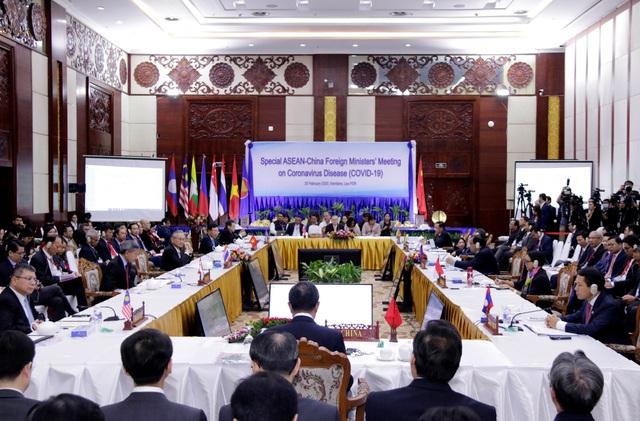 ASEAN khẳng định tình đoàn kết và ủng hộ nỗ lực của Chính phủ Trung Quốc trong ứng phó dịch bệnh - Ảnh 1.