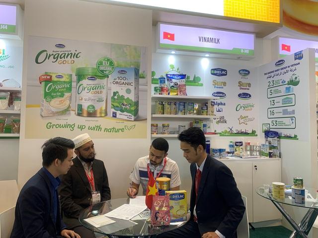Vinamilk ký thành công hợp đồng xuất khẩu sữa trị giá hàng chục triệu đô la Mỹ tại Hội chợ Quốc tế GULFOOD Dubai 2020 - Ảnh 2.
