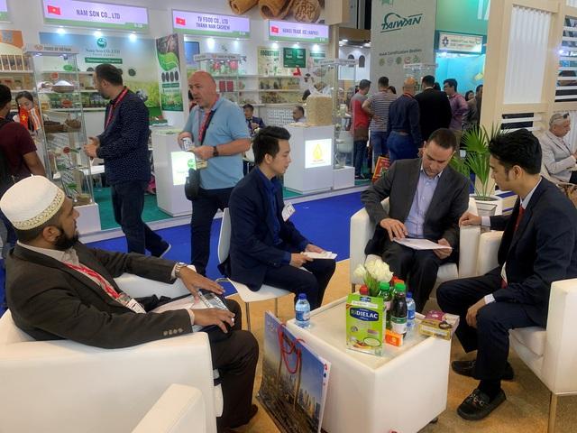 Vinamilk ký thành công hợp đồng xuất khẩu sữa trị giá hàng chục triệu đô la Mỹ tại Hội chợ Quốc tế GULFOOD Dubai 2020 - Ảnh 3.