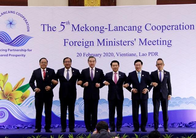 Hội nghị Bộ trưởng Ngoại giao Mekong – Lan Thương lần thứ 5: Các Bộ trưởng quan tâm trước diễn biến phức tạp và tác động tiêu cực do COVID-19 gây ra - Ảnh 2.