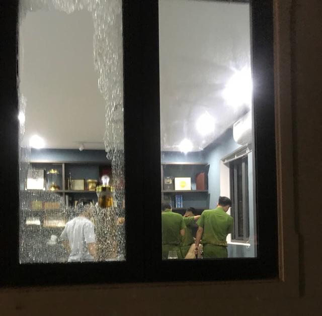 Đà Nẵng: Nhóm người ngang nhiên xông vào nhà dân đập phá trong đêm - Ảnh 3.