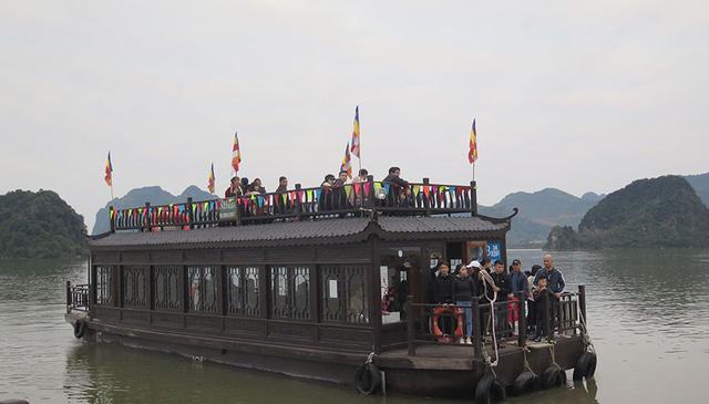 Không đón khách du lịch từ khu vực có dịch vào Việt Nam - Ảnh 1.
