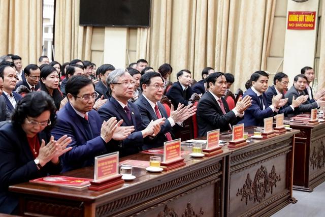 Công bố quyết định Phó Thủ tướng Vương Đình Huệ giữ chức vụ Bí thư Thành ủy Hà Nội  - Ảnh 6.