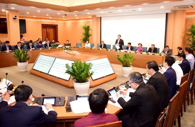 """Bí thư Thành ủy Hà Nội: """"Thành phố luôn sát cánh, ủng hộ, tạo điều kiện thuận lợi nhất để các lãnh đạo, cán bộ sở ban ngành làm việc thật tốt"""" - Ảnh 2."""