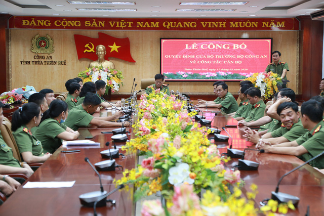 Bộ Công an điều động, bổ nhiệm nhiều cán bộ tại Thừa Thiên Huế - Ảnh 1.