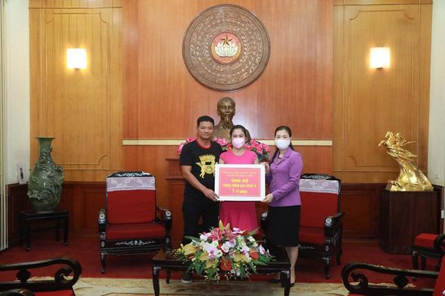 Hình ảnh MTTQ Việt Nam tiếp nhận ủng hộ của Ca sỹ Noo Phước Thịnh cùng các cơ quan, tổ chức, cá nhân với quyết tâm ngăn chặn, đẩy lùi dịch Covid-19. - Ảnh 1.