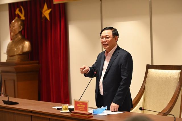 """Bí thư Thành ủy Hà Nội: """"Khẩn trương đề xuất đưa các khách sạn vào cách ly tập trung"""" - Ảnh 1."""