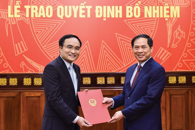 Nhân sự mới của Bộ Ngoại giao, Bộ Quốc phòng  - Ảnh 1.