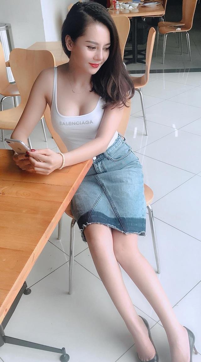 Hình ảnh nóng bỏng của bạn gái tin đồn cầu thủ Đức Huy - Ảnh 2.